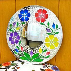 壁掛け バリモザイク ミラー  M 丸型 白 4色花模様 B 丸い花 [D.40cm] 丸い鏡 アジアン雑貨 バリ雑貨 タイ アジアンインテリア angkasa