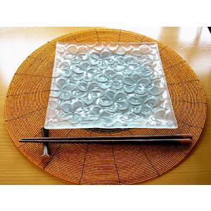 フランジパニ ガラス皿 20x20cm 磨りガラス アジアン雑貨 バリ雑貨 エスニック おしゃれな ガラス皿|angkasa