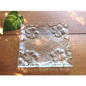 フランジパニ4輪 ガラス皿 13x13cm アジアン雑貨 バリ雑貨 エスニック おしゃれな ガラス皿|angkasa