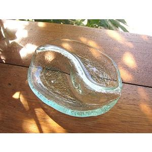 ガラスの小皿 楕円 太極 14cm アジアン雑貨 バリ雑貨 エスニック おしゃれな ガラス皿|angkasa