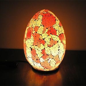 アジアン モザイクのアートランプ 卵型 [H.約30cm] 白・赤系 アジアンインテリア アジアンランプ 照明 エスニック|angkasa