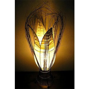 ココナッツの葉脈と布メッシュのチューリップランプ A 4枚葉 H.70cm アジアンインテリア アジアンランプ 照明 エスニック|angkasa