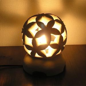 砂岩のランプ 燈篭 丸型・お花 [H.24cm] アジアンインテリア アジアンランプ 照明 エスニック テーブルランプ フットライト|angkasa