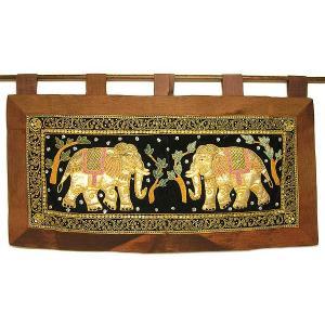 象さんの暖簾 壁掛け のれん  ロングサイズ スパンコールとビーズ刺繍  [横約113x縦61cm] アジアン雑貨 バリ雑貨 タイ エスニック おしゃれな暖簾|angkasa