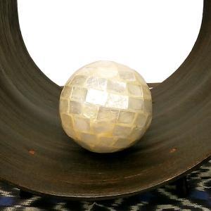 インテリアボール パールホワイト 貝殻シェル アジアン雑貨 バリ雑貨|angkasa