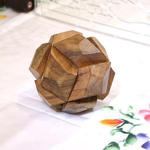 アジアン雑貨 バリ雑貨 20%OFF 寄木細工のパズル ボール型 大 難易度2 angkasa