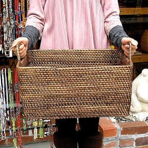 ラタンの持ち手付きバスケット 長方形 Mサイズ [44x30x21cm] アジアン雑貨 バリ雑貨 おしゃれなランドリー収納バスケット angkasa
