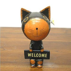 Welcome バリネコさん 黒 花飾り [約20cm] アジアン雑貨 バリ雑貨 エスニック かわいい 置物 グッズ|angkasa