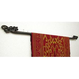 イカットハンガー シングル ブラック 80cm 木彫り アジアン雑貨 バリ雑貨 タイ エスニック おしゃれなハンガー|angkasa