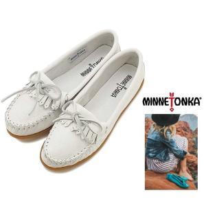MINNETONKA(ミネトンカ) KILTY  ディアスキン ドライビングシューズ color:WHITE(ホワイト)|angland