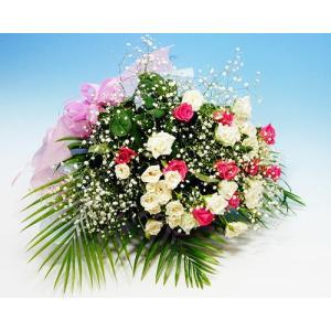ピンクと白のバラとかすみ草の 花束  バラ ブーケ 誕生日の花 ギフト プレゼント 歓送迎 送別 退職 贈り物 卒業 anne