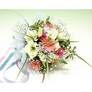 ピンクと白の優しいトーンのブーケ 花束 誕生日の花 ギフト プレゼント 歓送迎 送別 退職 贈り物 卒業 anne