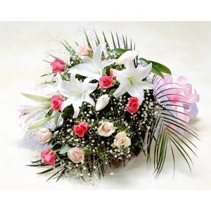 ピンクのバラとユリの花束 バラ ブーケ誕生日の花 翌日配達 ギフト プレゼント 歓送迎 送別 退職 贈り物 卒業 anne