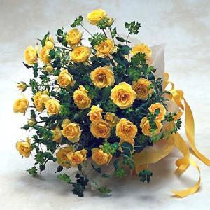 黄色スプレーバラの花束 バラ ブーケ 誕生日の花 翌日配達 ギフト プレゼント 歓送迎 送別 退職 贈り物 卒業 anne