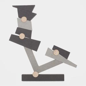 このゲームの目的は、重力に逆らうような思いがけない形を作ることです。El Balancin(シーソー...