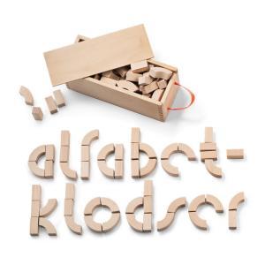 デンマークの小学校用の教材としてデザインされ、単にアルファベットを並べるだけでなく曲線と直線の組み合...