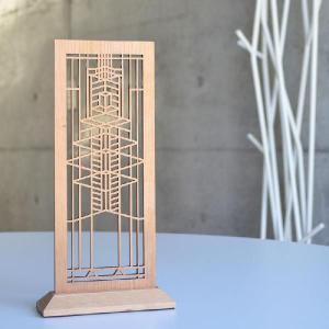 20世紀最も影響ある建築家の一人フランク・ロイド・ライト。建築だけでなく家具や造園まで手掛けたフラン...
