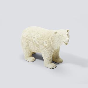 絶滅が危惧される野生動物たち  北極に住まうシロクマは、地球温暖化の影響で絶滅が危惧されています。サ...