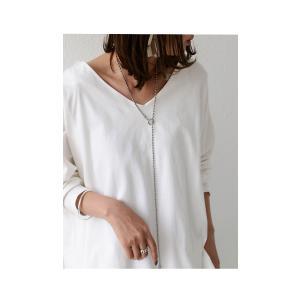 空気を纏うように、ゆるく。cottonドルマンロンT・2月12日20時〜再再販。直感で選びたい。ドルマンと綺麗Vネックで作る美差。「G」(100)メール便可|antiqua|08