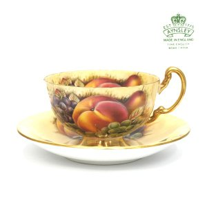 エインズレイ AYNSLEY フルーツ ゴールド ティーカップ&ソーサー 英国製|antiquesjikoh