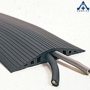 ソフトカラープロテクター 90×8000mm×16mmH (メーカー直送/代引き決済不可)ケーブルプロテクター 配線保護マット|anzenkiki