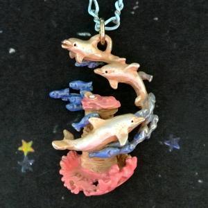 ネックレス イルカ オーシャンブルー Palnart Poc パルナートポック いるか サンゴ 小魚 NE371 送料200円 1万円以上送料無料|aodama-zakka