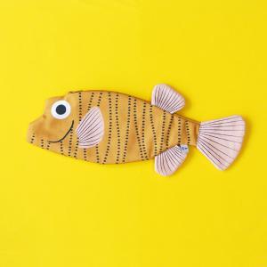 新商品 おさかなポーチ ハコフグ DON FISHER ドンフィッシャー Boxfish お魚ポーチ 輸入雑貨 イエロー 送料200円 1万円以上送料無料|aodama-zakka