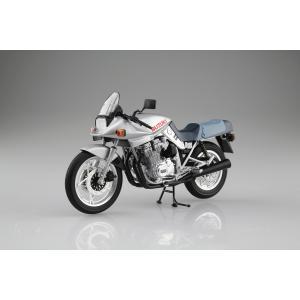 [予約特価12月発送予定]SUZUKI GSX1100S KATANA SL(銀) 1/12 完成品バイク #完成品