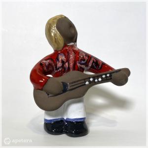 人形 / ギター弾き|apetera