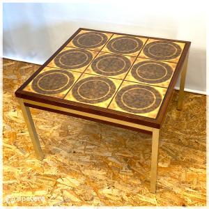 コーヒーテーブル / タイルテーブル/タイルトップ/ ローテーブル / ヴィンテージ / 北欧家具 / ローズウッド / デンマーク|apetera