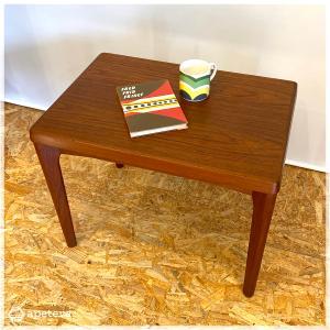 サイドテーブル / ローテーブル / コーヒーテーブル / ヴィンテージ / 北欧家具 / チーク / 無垢材 / デンマーク/北欧インテリア/北欧ヴィンテージ|apetera