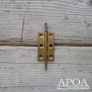 蝶番 丁番 真鍮製 小さい金具 V.119 アンティーク風 レトロ DIY 扉|apoa