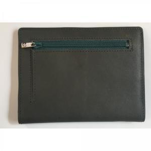 カードをたくさん入れても薄い財布NEXT 小銭入れ付き ダークグリーン|appbankstore
