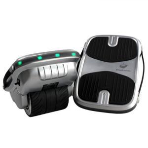 体重移動だけの直感的な操作性で自由自在に乗りこなすことができる ハンズフリー、足置きタイプのバランス...