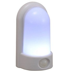 新品 オーム電機  LEDセンサーライト OSC-10T|aqua-feel