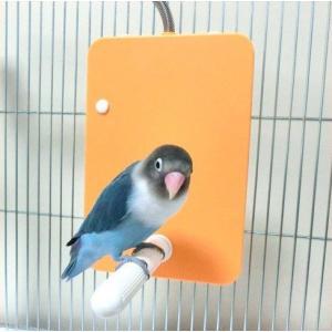 とまり木付きの小鳥用ヒーター! ケージの側面・内側に設置するタイプのヒーターです。  止まり木付きで...