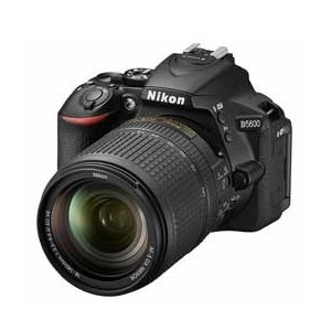 Nikon D5600 18-140 VR レンズキット J...