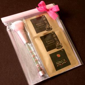 「ピンク・ハーバリウム・メイクブラシ&カフェ」水中花アレンジメントが彩るチークブラシとワンタッチドリップコーヒーのギフトセット 母の日に|arancia-mm