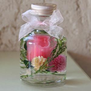 「ハーバリウム・バラの小瓶」(ピンク)プリザーブドフラワーのローズがメインの小さいけどかわいくゴージャスなアレンジメント 母の日に|arancia-mm