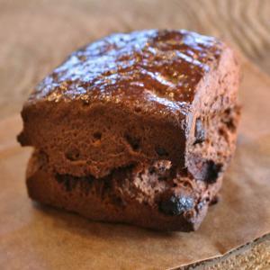 「オレンジ風味のチョコレートスコーン」みかんの花の蜂蜜と生クリームとバターを使った贅沢スコーン〜チョコレート&オレンジ〜(冷凍・冷蔵・常温便対応可) arancia-mm
