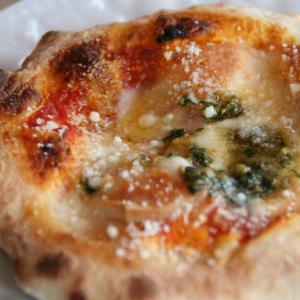 ミニピッツァマルゲリータ(トマト・バジル・モッツァレラチーズのふわもっちりピザ1人用)(冷凍便/送料別) arancia-mm