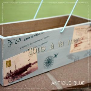 WOOD BOX【アンティークブルー】カントリー調ペインティングのレトロな木箱・小物入れ〜ワイヤー取っ手つき|arancia-mm