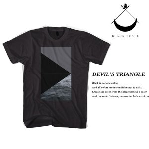 Black Scale DEVIL'S TRIANGLE T-SHIRT BLACK ブラックスケール|archrival
