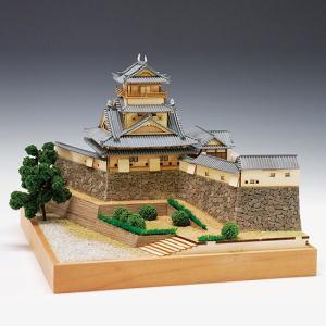 品名:木製建築模型 1/150 高知城 完成寸法(約):全高:222mm 全幅:280mm 奥行:2...