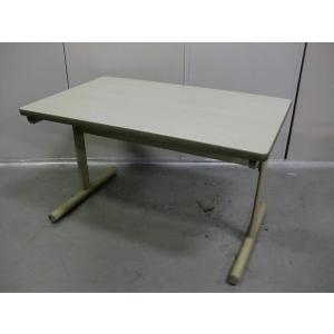 【オススメの会議テーブル!】メーカー:ウチダ サイズ:幅1200 奥行:750 高さ:700 カラー...