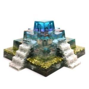 ボヘミアンオルゴナイト マヤピラミッド 大型オルゴナイト17cmx17cm H49a 日本国内正規品...