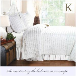ベッドカバー キング 3点セット ホワイトラッフル ベッドキルト ソファーカバー aromaroom
