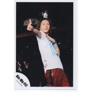 藤ヶ谷太輔(Kis-My-Ft2/キスマイ) 公式生写真/Goodいくぜ!2013・ライブ・衣装白×水色×赤・親指立て・マイク持ち|arraysbook