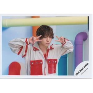 山田涼介(Hey!Say!JUMP) 公式生写真/Chau#・衣装赤×白・両手ピース|arraysbook