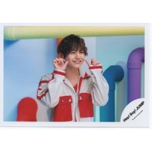 山田涼介(Hey!Say!JUMP) 公式生写真/Chau#・衣装赤×白・親指立て|arraysbook